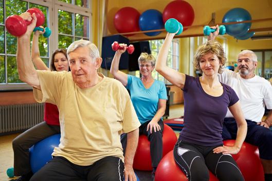 indoor-activities-that-seniors-can-enjoy1